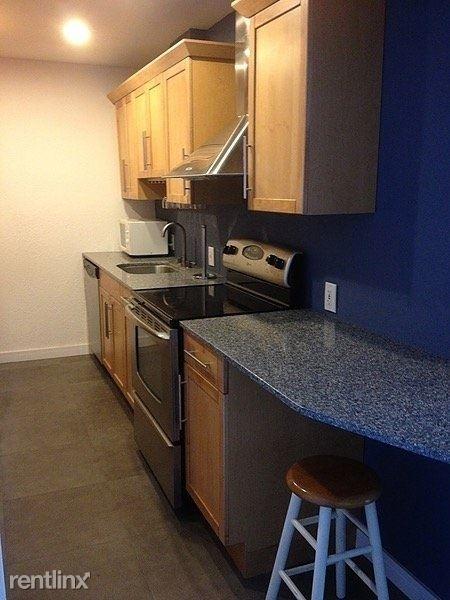 1 Bedroom, North Shore Rental in Miami, FL for $1,700 - Photo 2