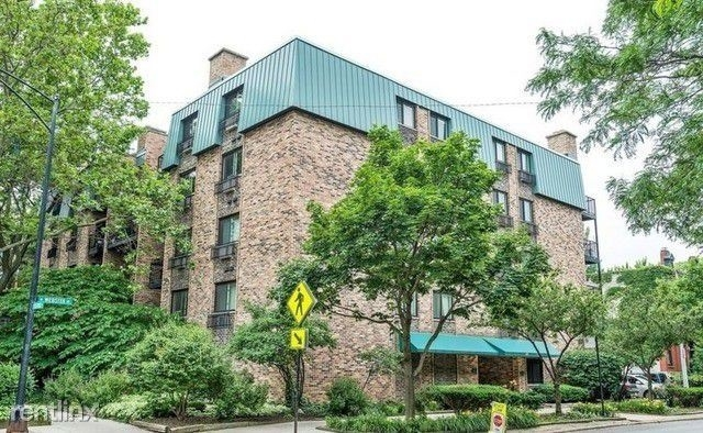 2 Bedrooms, Lincoln Park Rental in Chicago, IL for $1,850 - Photo 2