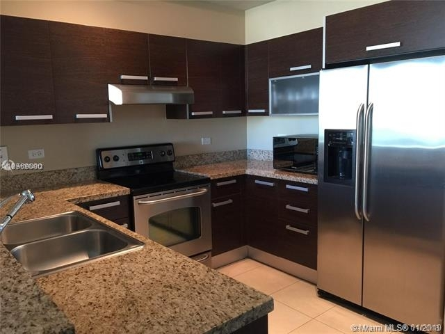 2 Bedrooms, Coral Way Rental in Miami, FL for $2,600 - Photo 1
