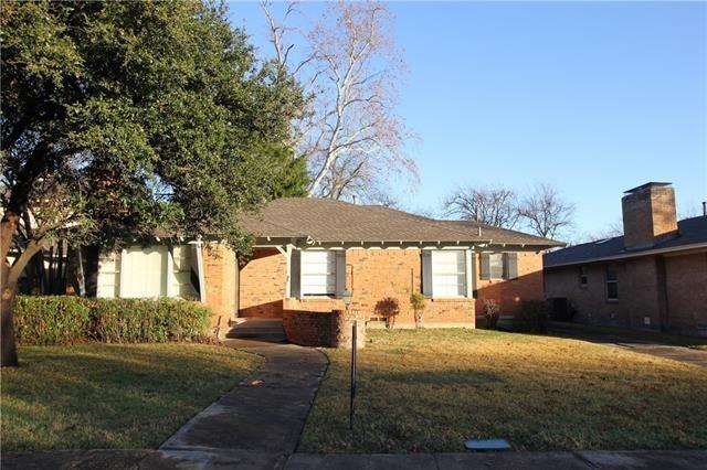 3 Bedrooms, Hillside Rental in Dallas for $2,100 - Photo 2