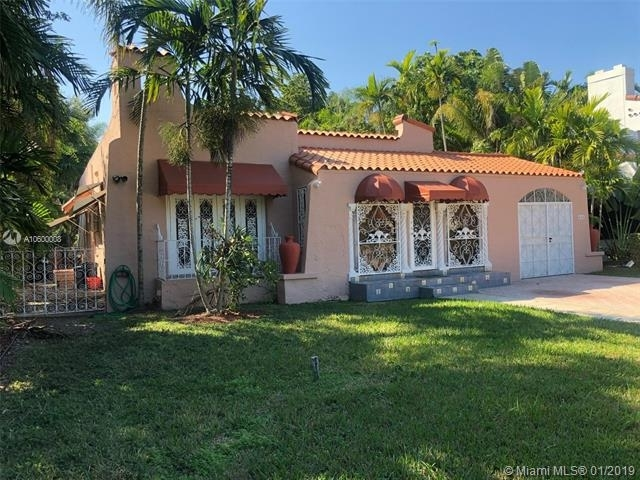 3 Bedrooms, Coral Gables Section Rental in Miami, FL for $3,200 - Photo 1