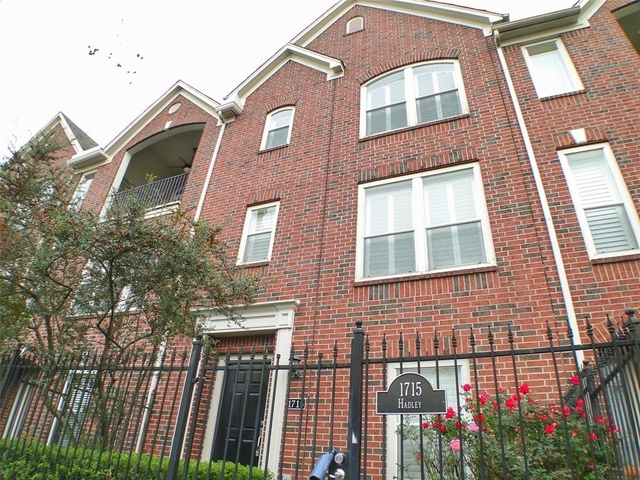 3 Bedrooms, Hadley Street Townhome Rental in Houston for $1,999 - Photo 1