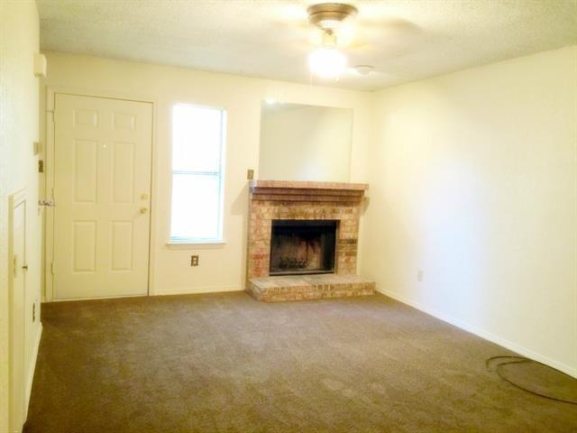 2 Bedrooms, Walnut Creek Estates Rental in Dallas for $1,000 - Photo 2