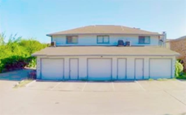 2 Bedrooms, Walnut Creek Estates Rental in Dallas for $1,000 - Photo 1