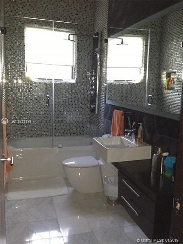 4 Bedrooms, Country Club Section Rental in Miami, FL for $8,200 - Photo 2
