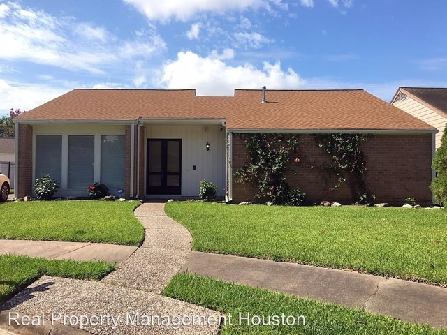 3 Bedrooms, Village West Rental in Houston for $1,995 - Photo 1