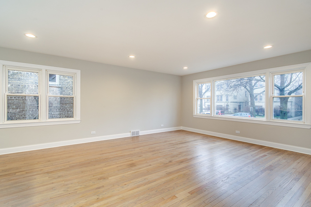 3 Bedrooms, Evanston Rental in Chicago, IL for $1,850 - Photo 2