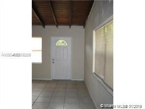 3 Bedrooms, Lauderdale Manors Rental in Miami, FL for $1,650 - Photo 2