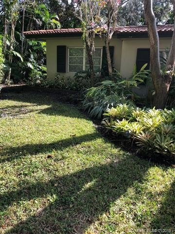 3 Bedrooms, Riviera Rental in Miami, FL for $3,500 - Photo 2