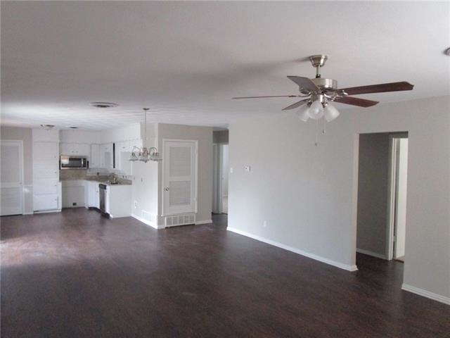3 Bedrooms, Shady Hill Rental in Dallas for $1,350 - Photo 2