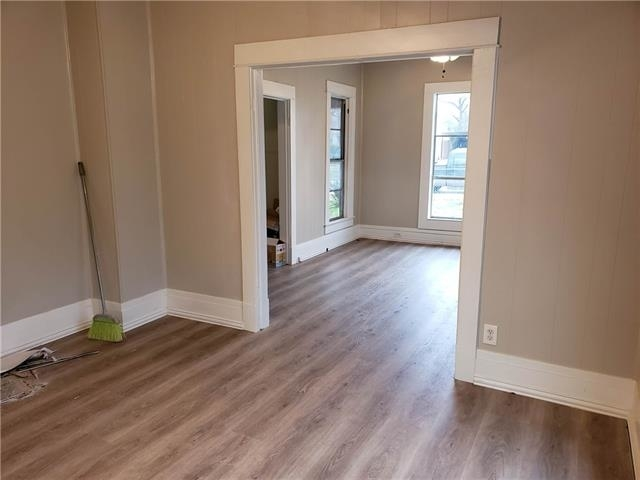 4 Bedrooms, North Side Rental in Dallas for $1,200 - Photo 2