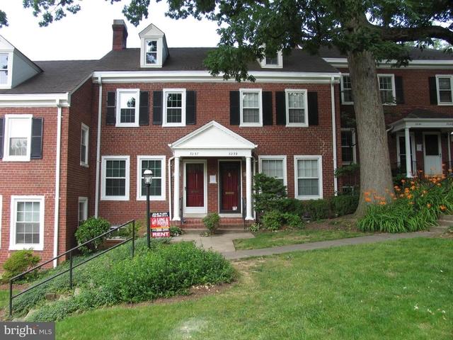 2 Bedrooms, Fairlington - Shirlington Rental in Washington, DC for $2,750 - Photo 1