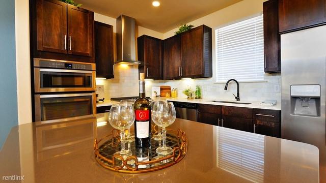 3 Bedrooms, Grogan's Mill Rental in Houston for $2,262 - Photo 1