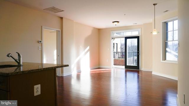 2 Bedrooms, Preston Condominiums Rental in Washington, DC for $2,250 - Photo 2