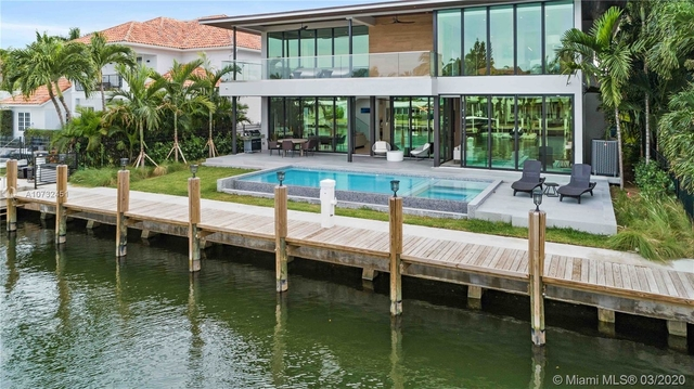 6 Bedrooms, Lauderdale Harbours Rental in Miami, FL for $25,000 - Photo 1