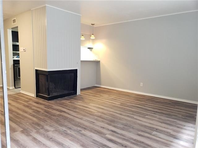 1 Bedroom, Lovers Lane Rental in Dallas for $1,150 - Photo 2