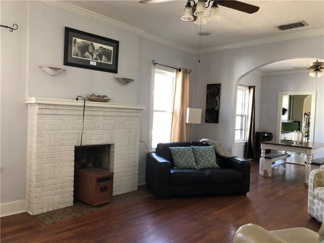 2 Bedrooms, Bluebonnet Place Rental in Dallas for $1,850 - Photo 2