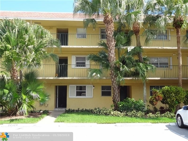 2 Bedrooms, South Middle River Rental in Miami, FL for $1,400 - Photo 2