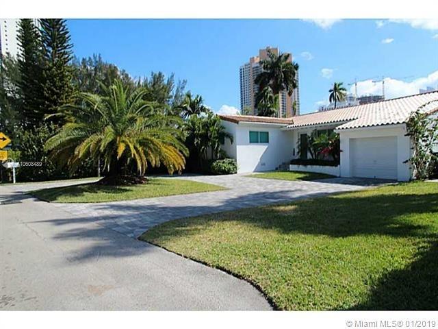 4 Bedrooms, Golden Shores Ocean Boulevard Estates Rental in Miami, FL for $5,500 - Photo 2
