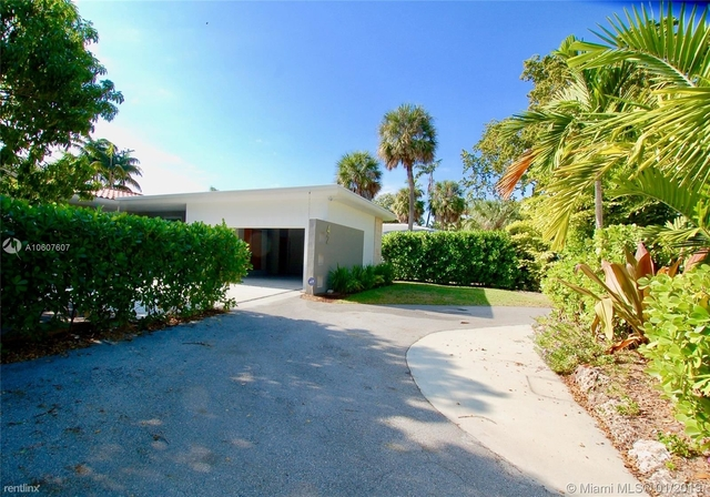 4 Bedrooms, Bay Heights Rental in Miami, FL for $8,450 - Photo 2