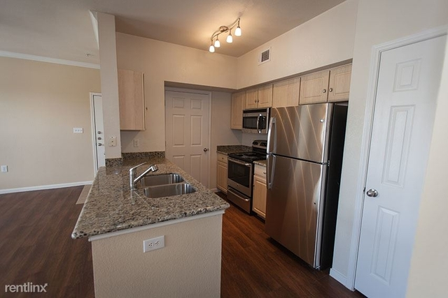 1 Bedroom, Sagemont Park Townhome Rental in Houston for $870 - Photo 2