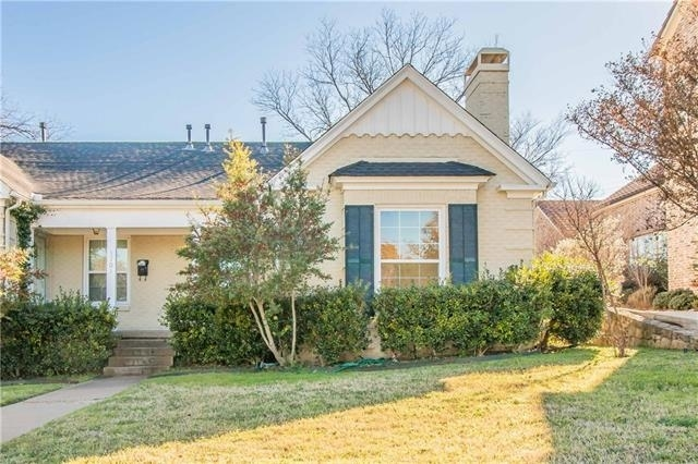 2 Bedrooms, Monticello Rental in Dallas for $1,950 - Photo 2