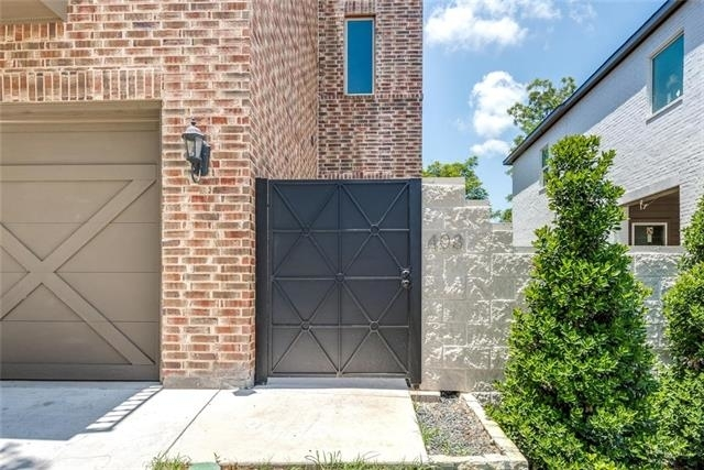 3 Bedrooms, Linwood Rental in Dallas for $3,300 - Photo 2