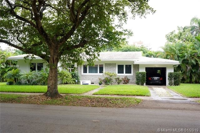 2 Bedrooms, Southeast Gables Rental in Miami, FL for $3,400 - Photo 1
