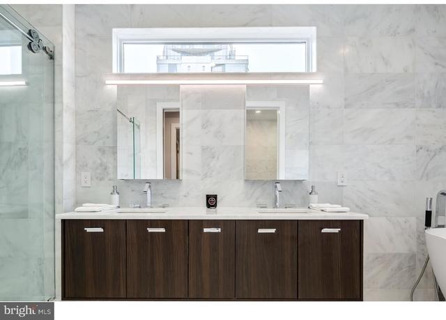 4 Bedrooms, Center City East Rental in Philadelphia, PA for $8,499 - Photo 2