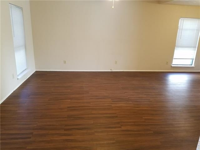 3 Bedrooms, Highland Meadows Rental in Dallas for $1,395 - Photo 2