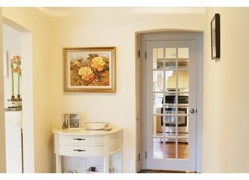 3 Bedrooms, Oak Hill Rental in Boston, MA for $3,950 - Photo 2