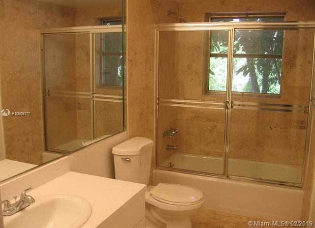 2 Bedrooms, Baker Homestead Rental in Miami, FL for $2,375 - Photo 2