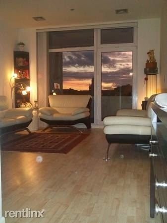 1 Bedroom, Waterfront Rental in Boston, MA for $3,000 - Photo 2