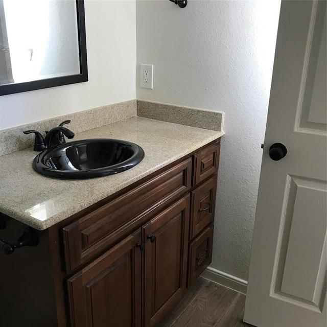 4 Bedrooms, Pasadena Rental in Houston for $1,500 - Photo 2