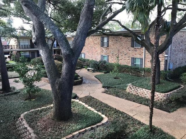 2 Bedrooms, Summit Court Condominiums Rental in Houston for $1,575 - Photo 1