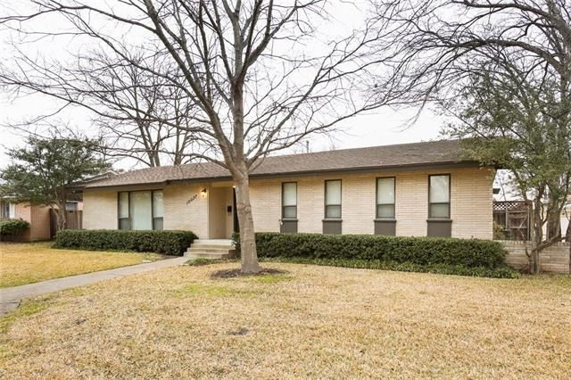 3 Bedrooms, Lake Highlands Estates Rental in Dallas for $2,000 - Photo 2