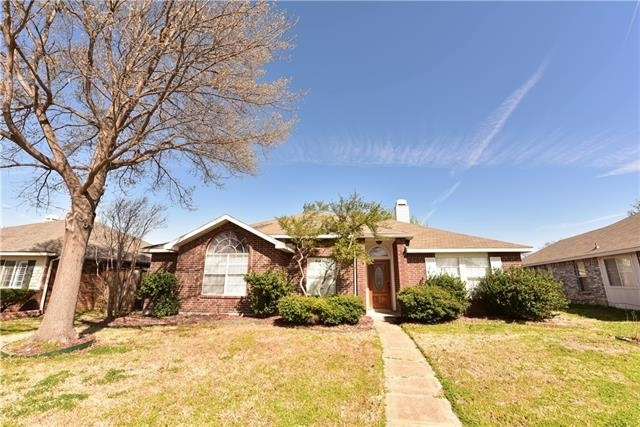 3 Bedrooms, The Colony Rental in Dallas for $1,875 - Photo 1