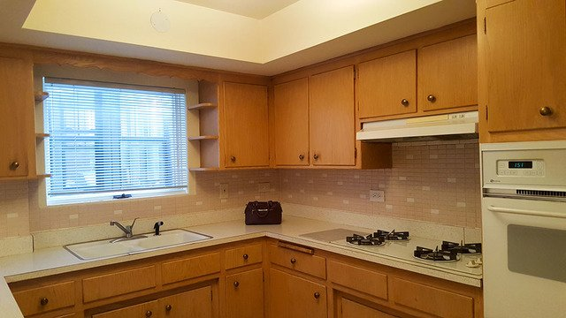 2 Bedrooms, Oak Park Rental in Chicago, IL for $1,350 - Photo 2