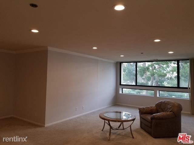 2 Bedrooms, Bunker Hill Rental in Los Angeles, CA for $2,970 - Photo 2