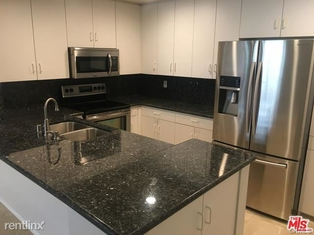 2 Bedrooms, Bunker Hill Rental in Los Angeles, CA for $2,970 - Photo 1