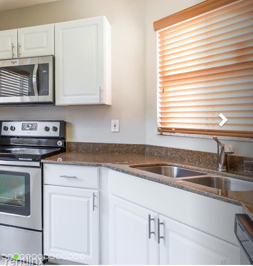 3 Bedrooms, Coral Bay Rental in Miami, FL for $2,210 - Photo 2