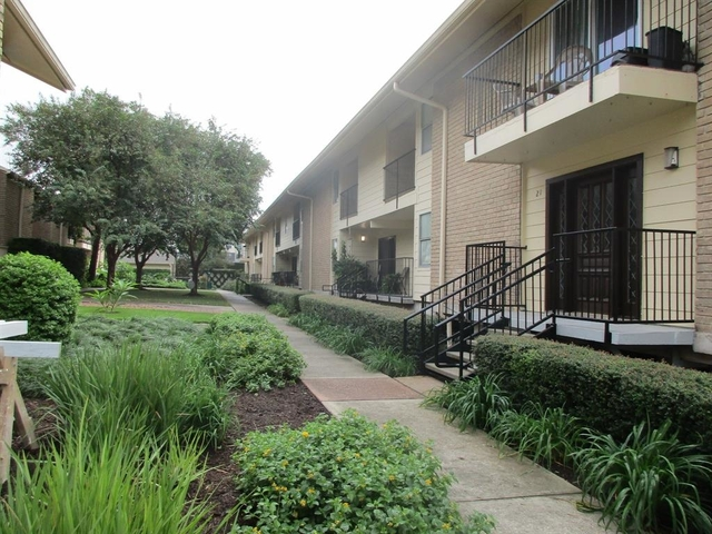 1 Bedroom, Cummins Ln Townhome Condominiums Rental in Houston for $1,200 - Photo 1