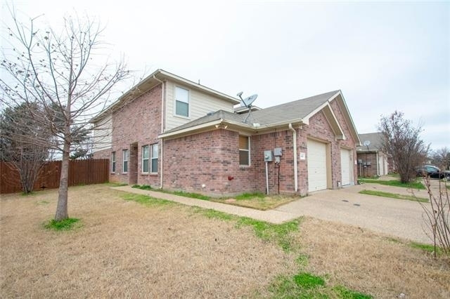 3 Bedrooms, Wesley Commons Rental in Dallas for $1,395 - Photo 1