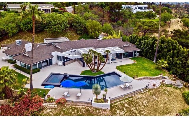 4 Bedrooms, Sherman Oaks Rental in Los Angeles, CA for $24,500 - Photo 2