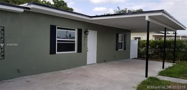 3 Bedrooms, Hialeah Acres Rental in Miami, FL for $2,300 - Photo 1