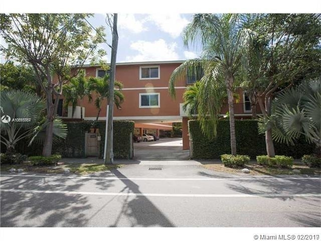2 Bedrooms, Coral Way Rental in Miami, FL for $2,250 - Photo 1