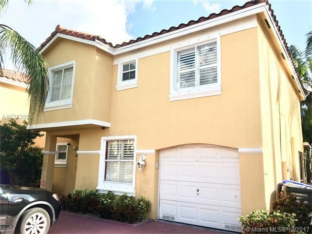 3 Bedrooms, Hollywood Lakes Rental in Miami, FL for $2,375 - Photo 2