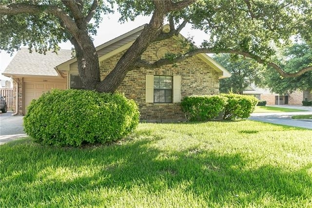 2 Bedrooms, Old Mill Court Rental in Dallas for $1,395 - Photo 1