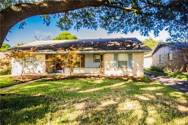 3 Bedrooms, Highland Meadows Rental in Dallas for $1,890 - Photo 1