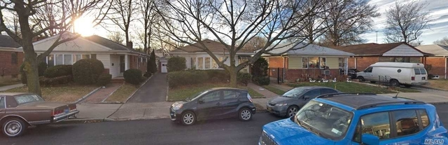 3 Bedrooms, Bayside Rental in Long Island, NY for $3,000 - Photo 1